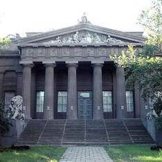 В киевском Национальном музее открылась художественная выставка «Единая Украина»