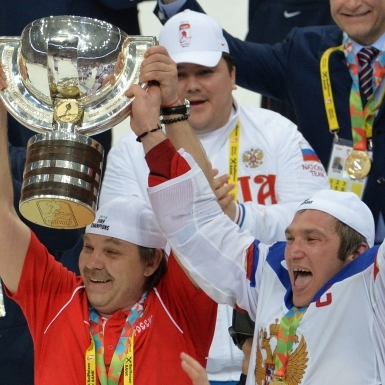 Мутко поставил хоккеистам сборной «четверку» за сезон