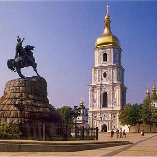 Иностранцы оценили киевские скульптуры