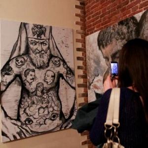 В Санкт-Петербурге полиция закрыла «Музей власти» и изъяла четыре картины