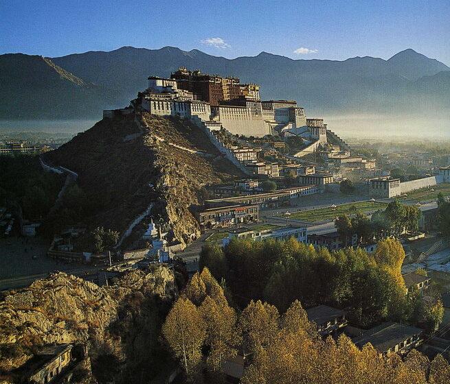 Тибет стал недоступен для туристов