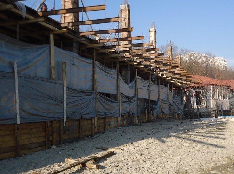 Мэр Одессы намерен лично снести незаконные постройки на пляжах