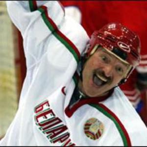 Президенту Беларуси очень стыдно за национальный хоккей, поэтому все спортивные функционеры «пойдут мести улицы»