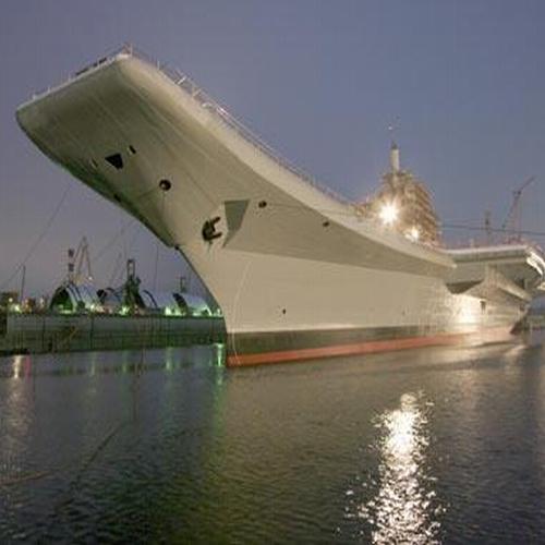 Авианосец «Викрамадитья» проходит завершающую «обкатку» перед дальним заплывом