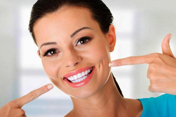 Качественная имплантация зубов в Киеве, цена, сроки исполнения работы